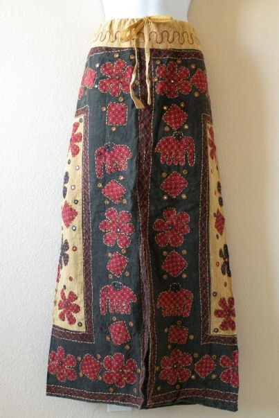 G146 Renaissance Heavily Embroidered Long Skirt